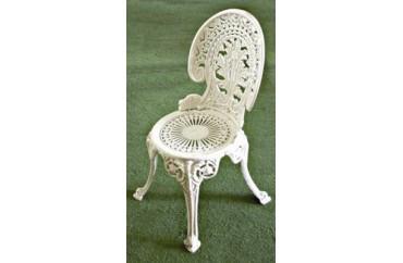 Dış Mekan Nostaljik Döküm Sandalye Beyaz